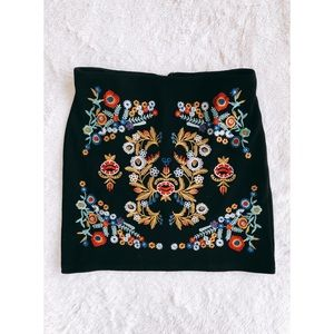 SHEIN Skirts - Embroidered Bodycon Skirt